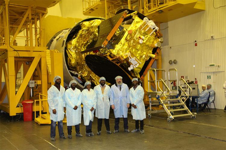 angola-satelite-angosat